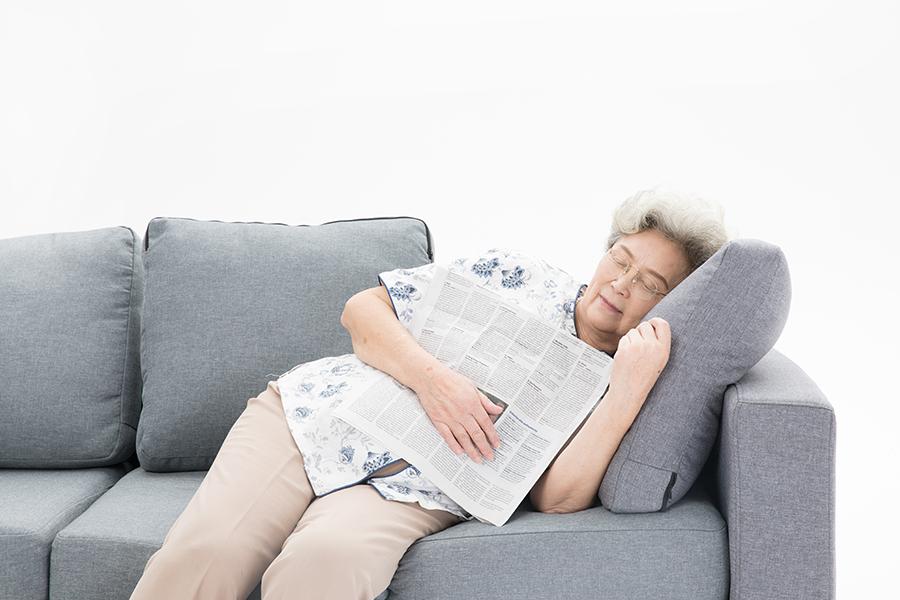 """医学科研丨别被""""8小时睡眠论""""给骗了,睡太多堪比熬夜"""